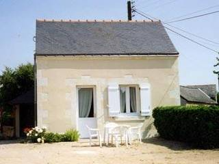 Maisonnette  Saint Saturnin sur Loire
