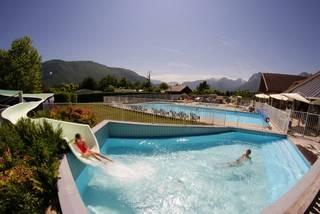 Location doussard juin 96 locations d s 162 for Camping savoie avec piscine