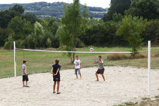 Camping Les Chnes Verts  Calviac en Prigord