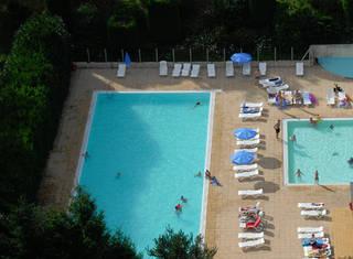 Location nontron 18 locations vacances d s 240 for Piscine nontron