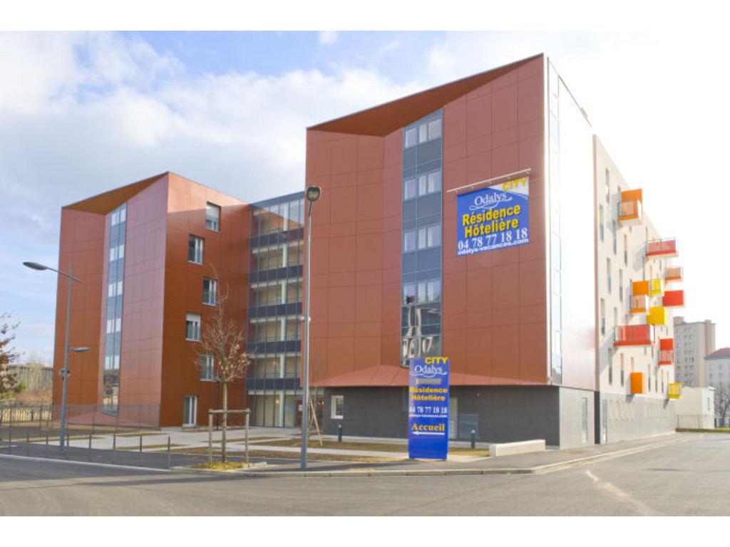 Appart 39 h tel odalys bioparc lyon 109 locations d s 386 for Appart hotel odalys lyon