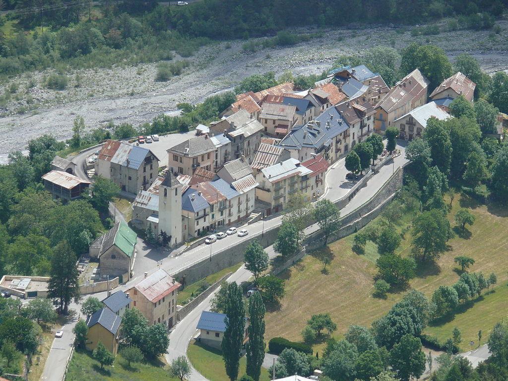 Camping A La Ferme (Saint-Martin-d'Entraunes à 10 km)