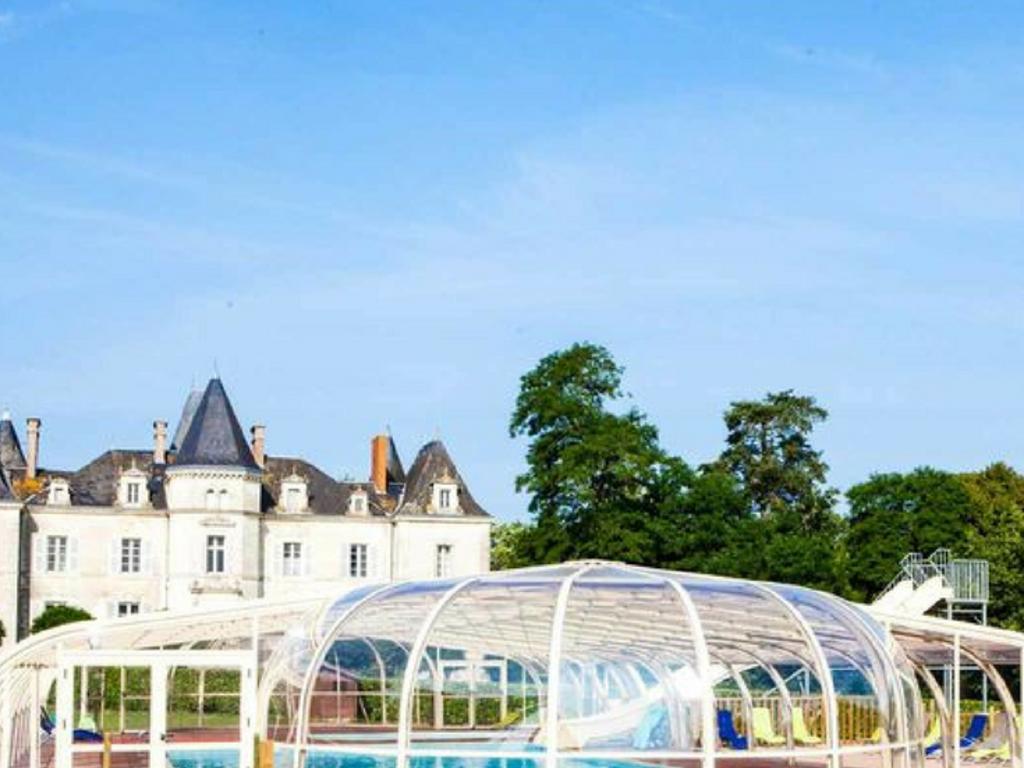 Camping Chateau De La Foret