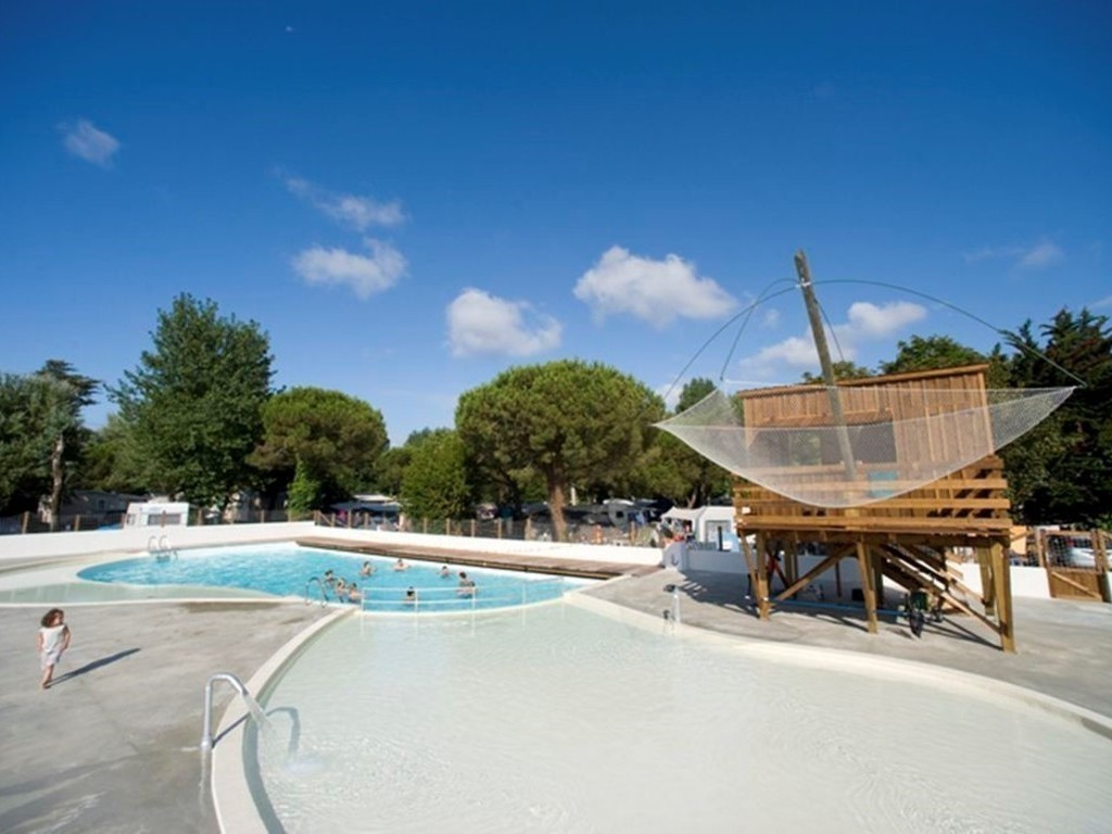 Camping Clairefontaine Royan 23 Locations Dès 310