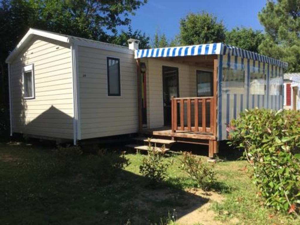 Camping Club L'oree De L'ocean (Landevieille à 4 km)