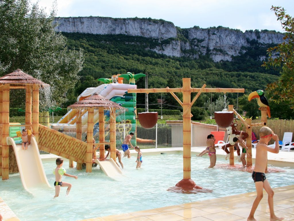 camping des gorges de l 39 aveyron saint antonin noble val 9 km caylus locations disponibles