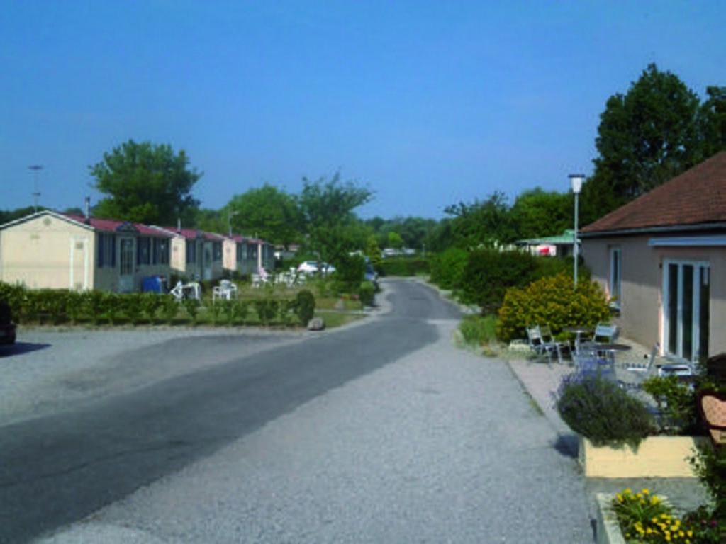 Camping Irenee Calas (Camiers à 11 km)