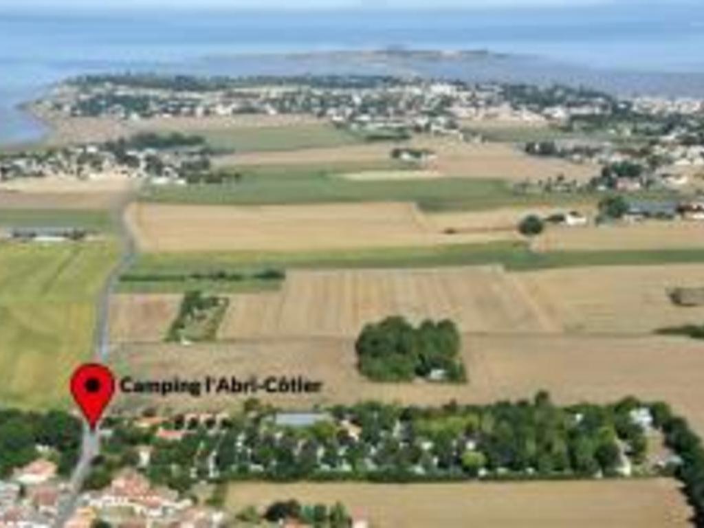 Camping L'abri Cotier (Saint-Nazaire-sur-Charente à 5 km)