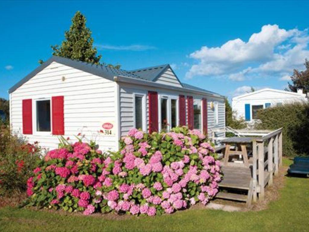 camping la c te de nacre st aubin sur mer ouistreham 98 locations d s 314. Black Bedroom Furniture Sets. Home Design Ideas