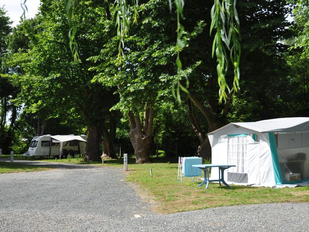 Camping La Taillee (Aigrefeuille-d'Aunis à 13 km)