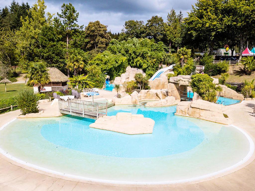 Les Castels Les Ormes, Domaine & Resort