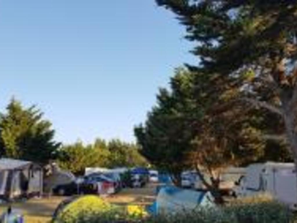 Camping Le Jaunay (Givrand à 2 km)