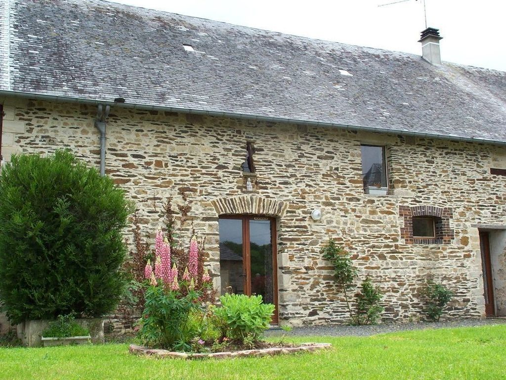 Camping Le Moulin Foulon Noron La Poterie à 7 Km Bayeux Locations Disponibles