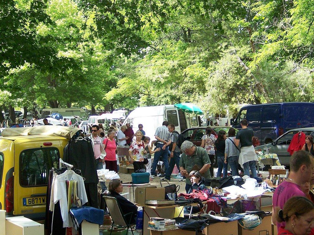 Camping Le Saint-Andiol (Saint-Andiol à 5 km)