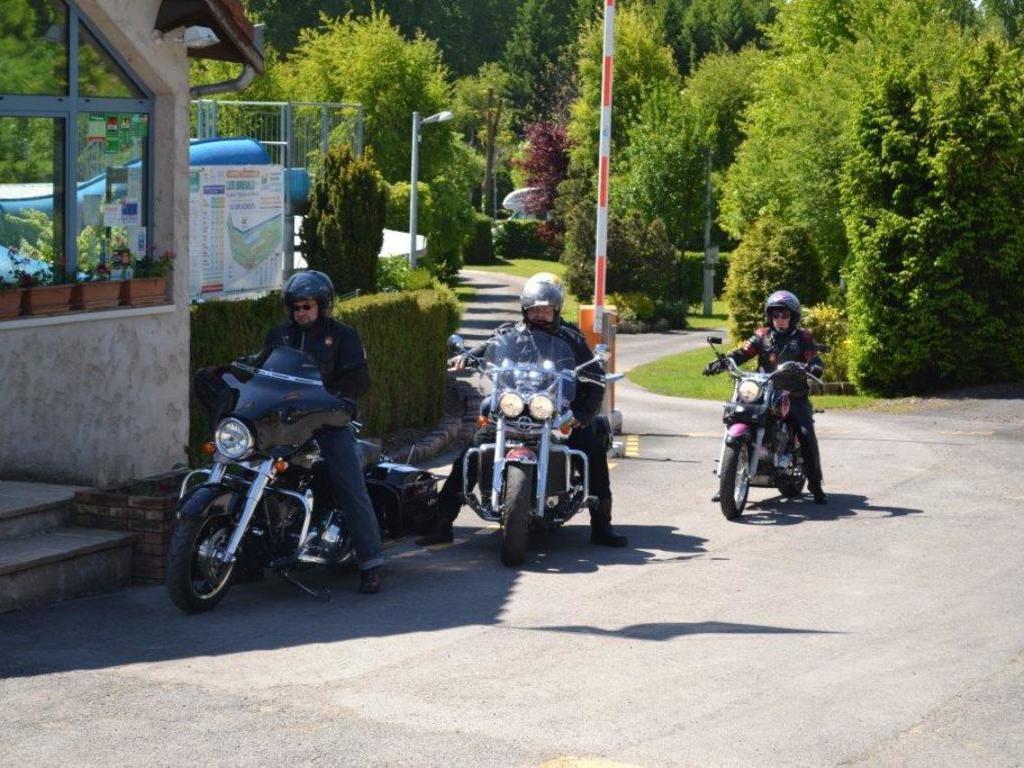 Camping Les Breuils (Verdun à 13 km)