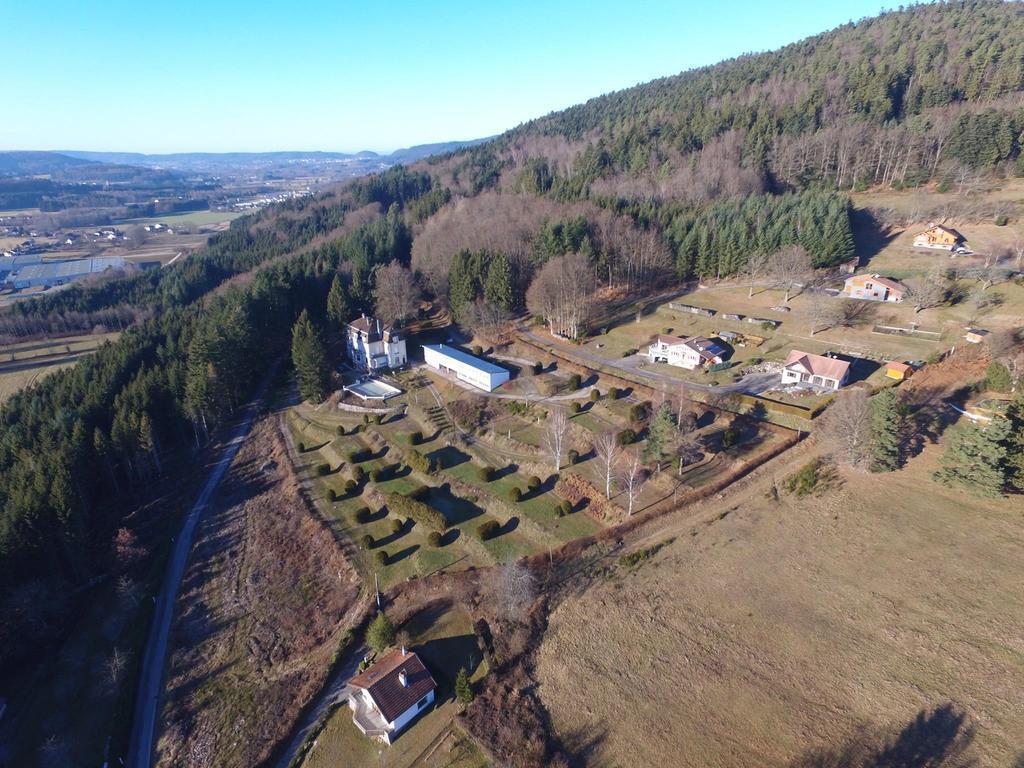 Camping Les Chalets De La Grange (Les Adrets à 3 km)