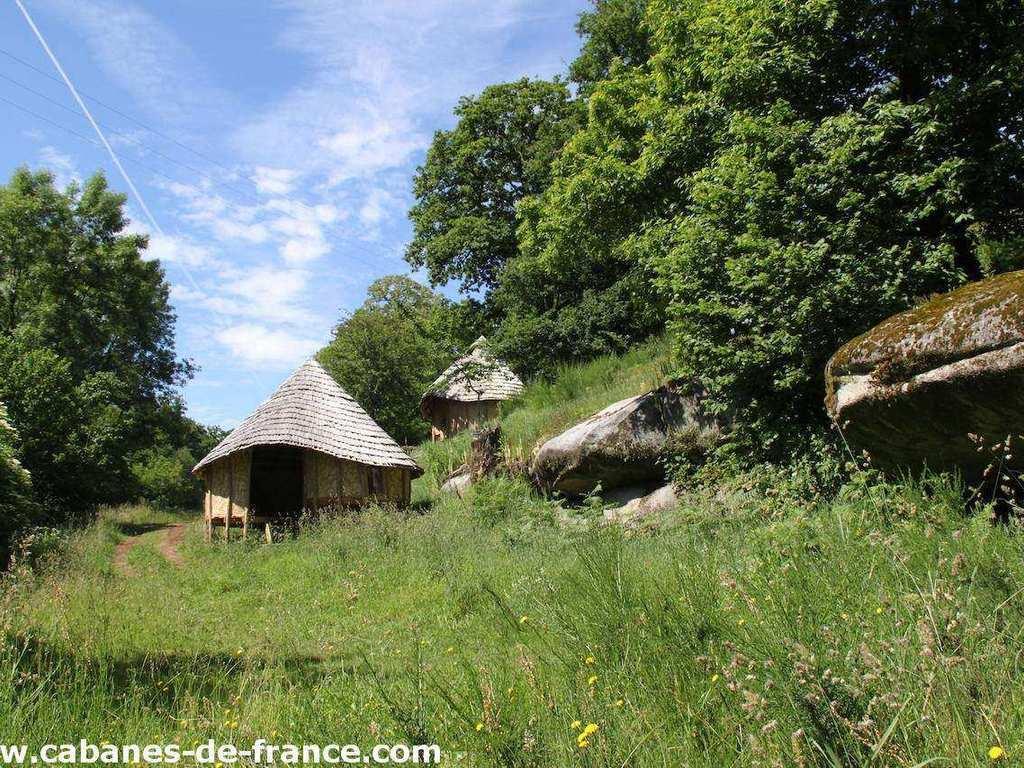 Camping Municipal La Vallee De Poupet (Saint-Malô-du-Bois à 3 km)