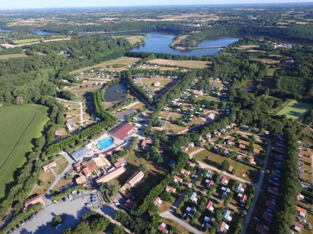 Camping Village de la Guyonnière*