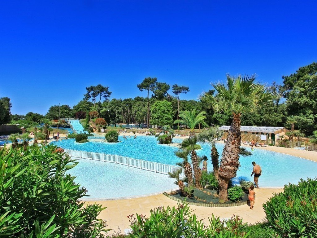 Camping Le Logis*