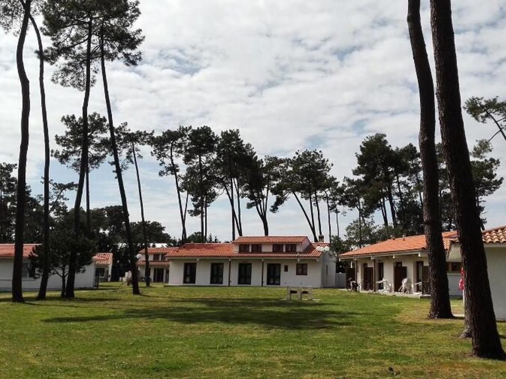 Village Club Sous les Pins (DM)