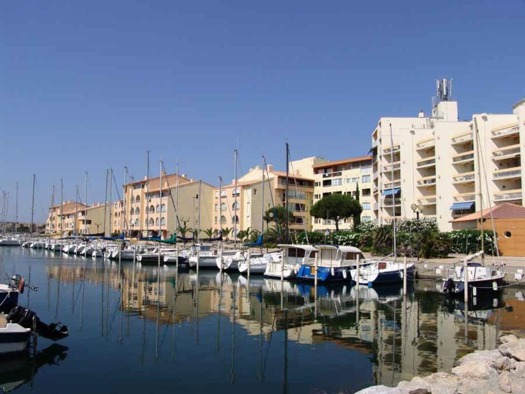 R sidence 39 les portes de la m diterran e 39 port leucate locations disponibles - Place de port disponible mediterranee ...