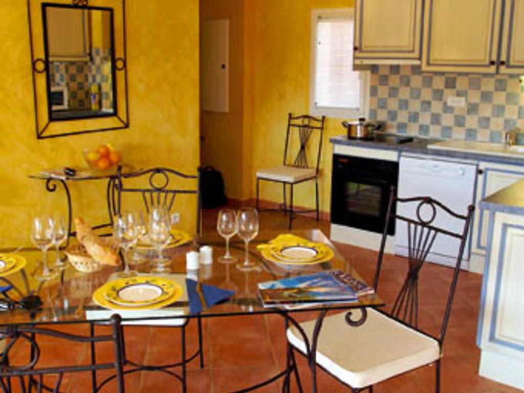 R sidence odalys la licorne de haute provence greoux les - Location meuble greoux les bains ...