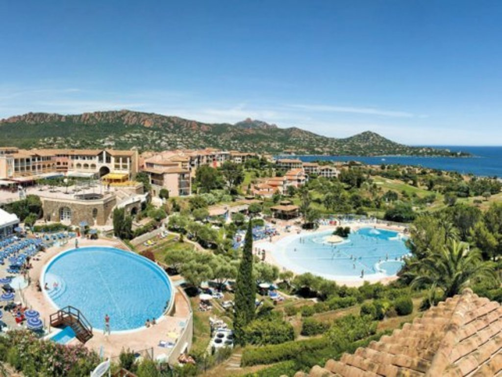 Village pierre et vacances cap esterel agay 318 locations d s 343 - Pont royal en provence office du tourisme ...