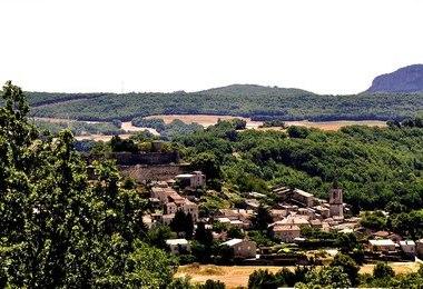 Camping Aire Naturelle Municipale Les Gravieres (Banon à 6 km)