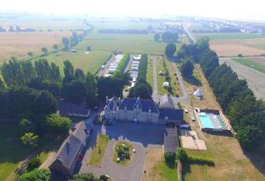 Camping Du Chateau De L'aumone (Cherrueix à 6 km)