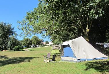 Camping La Bergerie (La Chapelle-Achard à 8 km)