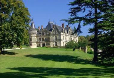 Camping Loire Et Chateaux (Bréhémont à 8 km)
