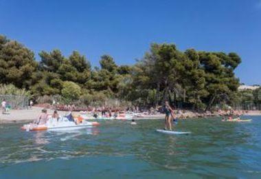 Camping Marina Plage (Vitrolles à 8 km)