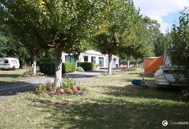 Camping Municipal Le Moulin Neuf (Soullans à 9 km)