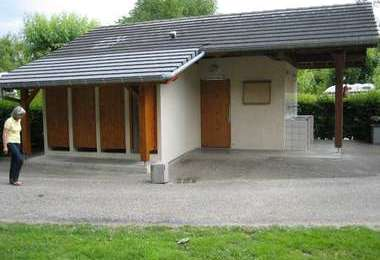 Camping Municipal Le Savoy (Challes-les-Eaux à 2 km)