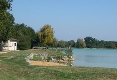 Camping Municipal (Saint-Secondin à 14 km)