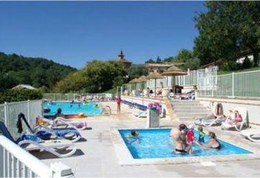 Camping Saint-Pierre-De-Rousieux (Serviès à 11 km)