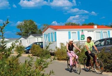 Domaine de plein air - Camping Vitalys L'Etang de Besse