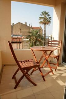 Apartment holiday in Suite Affaire Cannes Vieux-Port