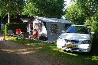 Camping Les Acacias - Anould - Camping-and-co