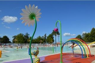Holiday villages in Camping Le Pipiou