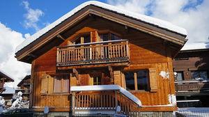 COURCHEVEL Locatour ski