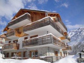 VAUJANY Locatour ski