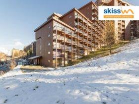 LES ARCS Locatour ski