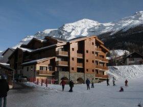 VAL CENIS Locatour ski