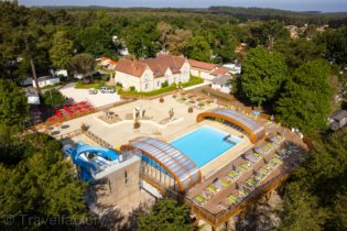 Apartment holiday in Camping L'Univers