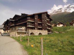 Résidence répartie à Lanslevillard Village - Val cenis - residence - Locatour