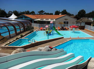 Holiday villages in Camping La Pomme de Pin