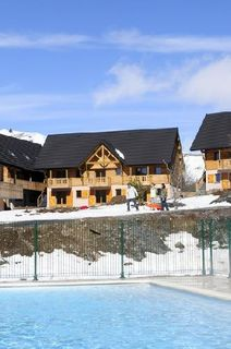 besse super besse pr sentation de la station de ski france montagnes. Black Bedroom Furniture Sets. Home Design Ideas
