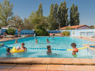 Holiday villages in Camping Le Lamparo