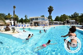 Holiday villages in Camping Le Napoleon